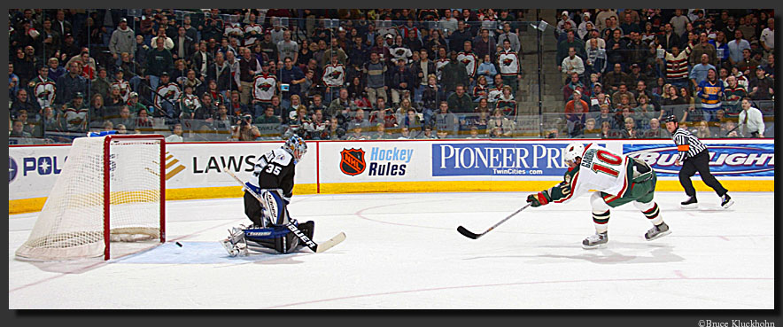 photo of Marian Gaborik scoring a goal